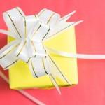20代の彼氏へプレゼント!社会人の財布、選び方どうする?
